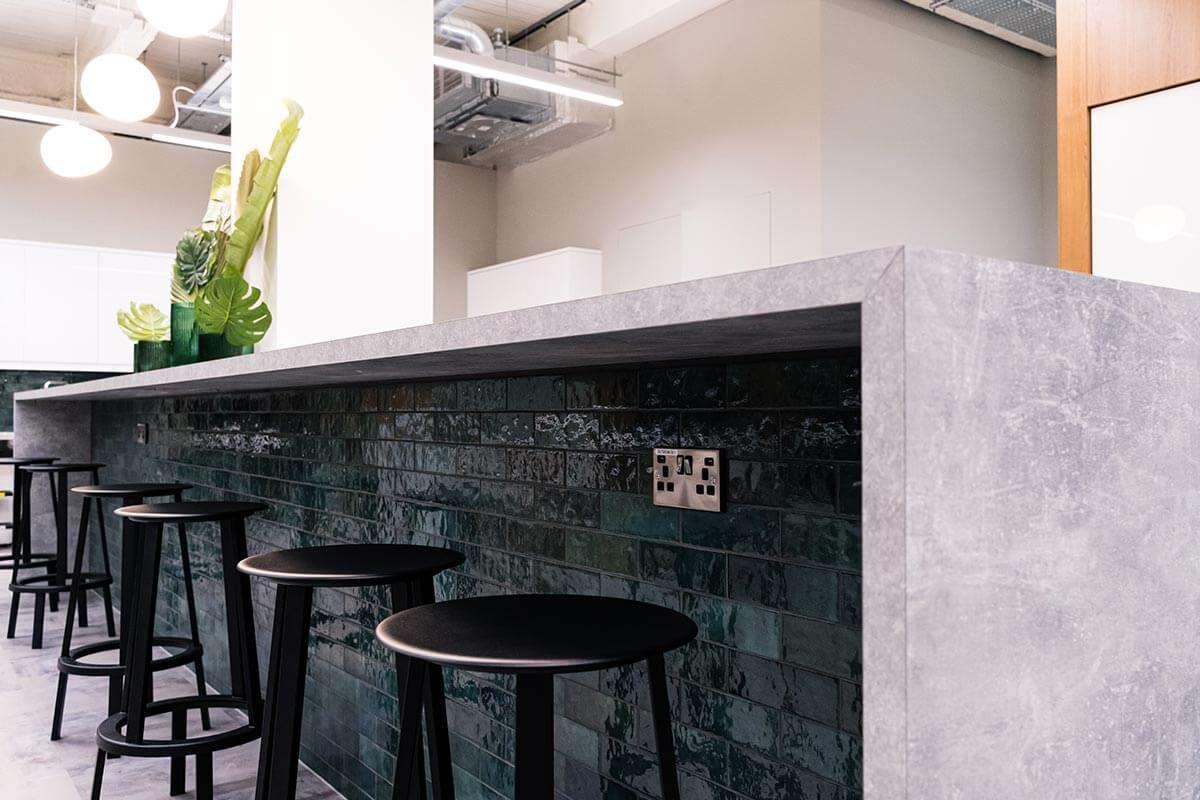 london_tiling breakfast bar kitchen